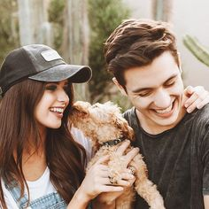 peace out, from jess and gabriel and milo conte Cute Relationship Goals, Cute Relationships, Friend Pictures, Couple Pictures, Cute Couples Goals, Couple Goals, Couple Photography, Photography Poses, Jess And Gabe