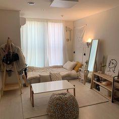 Room Design Bedroom, Room Ideas Bedroom, Small Room Bedroom, Bedroom Decor, Korean Bedroom Ideas, Bedroom Wall, Small Modern Bedroom, Small Rooms, Small Spaces