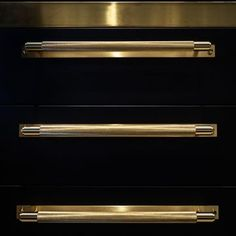 We carry both modern & traditional cabinets lines such as Aster Cucine & Wood-Mode. Kitchen Cabinets Nyc, Brass Kitchen, Kitchen Cabinet Handles, Cabinet Hardware, Luxury Kitchen Design, Kitchen And Bath Design, Kitchen Designs, Wood Mode, Home Nyc