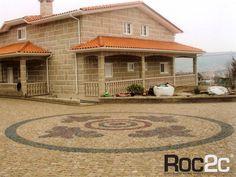 Granite cobblestone driveway, Viseu, Portugal