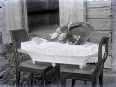 Finland, 1915 #postmortem #mementomori #death