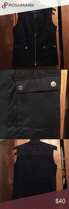 Jones New York blue cargo zip vest Jones New York blue cargo zip vest. Mixed material of suede and cotton. Brand new, Never worn! Perfect for fall 🍁🍂 Jones New York Jackets & Coats Vests