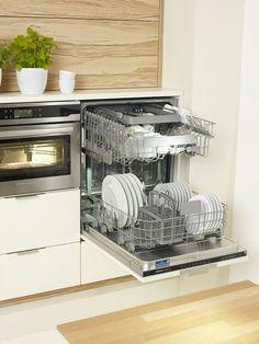 #dishwasher #clean #elektrabregenz #builtin #like #love Kitchen Cabinets, Kitchen Appliances, Wall Oven, Dishwasher, Cleaning, Home Decor, Bregenz, Diy Kitchen Appliances, Home Appliances