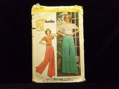 Misses' Jiffy Knit Pullover and Wide Leg Pants Pattern Simplicity 5615 1970s patterns retro clothing vintage clothing sewing Misses' size 12