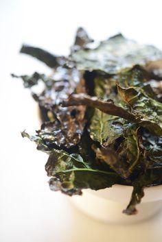 my favorite healthy snack: kale chips