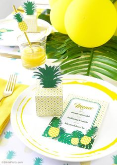 Pineapple birthday party ideas with lots of DIY decorations, party printables, sweet party food and favors! 25th Birthday Parties, Summer Birthday, Diy Birthday, Luau, Party Printables, Straw Decorations, Birthday Decorations, Dinner Party Recipes, Dinner Ideas
