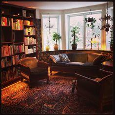 Librarie at Villavägen 3