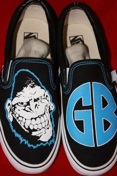 Ahhh, I want these. Gorilla Biscuits.