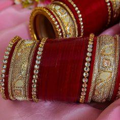 Wedding Day Makeup For Bride Website 33 Ideas Bridal Bangles, Bridal Jewelry, Silver Jewelry, Gold Bangles, Antique Jewelry, Chuda Bangles, Punjabi Traditional Jewellery, Bridal Chuda, Indian Wedding Jewelry