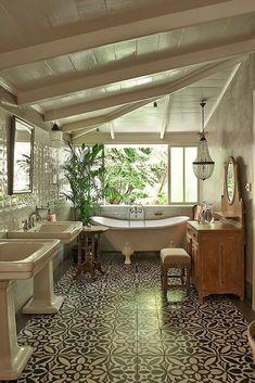Best tropical bathroom decor ideas & designs tips 1 Dream Bathrooms, Beautiful Bathrooms, Modern Bathrooms, Tropical Bathroom Decor, Hacienda Style Homes, Bathroom Interior, Bathroom Ideas, Eclectic Bathroom, Bathroom Inspo