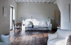 Interior design by Axel Vervoordt (Belgium). Photo credit Jean-Pierre Gabriel