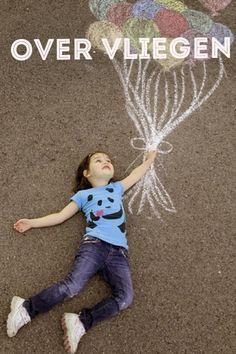 Vliegen Neem een luchtballon en vlieg omhoog. Je zweeft letterlijk boven het 'probleem gebied' wat zie je. Neem zo mensen mee in de locatie waar het zich afspeelt.