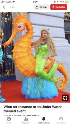 What an entrance to an Under Water themed event. Unique Halloween Costumes, Scary Costumes, Creative Costumes, Carnival Costumes, Halloween Cosplay, Cosplay Costumes, Fancy Dress, Dress Up, Sea Costume