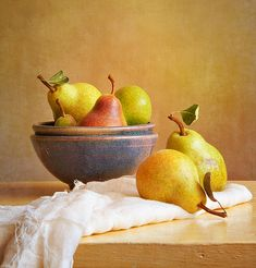 Pears and Bowls | Flickr - Photo Sharing!