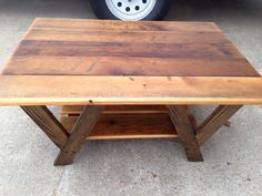 Rustic And Recycled Pallet Coffee Table | 101 Pallet Ideas