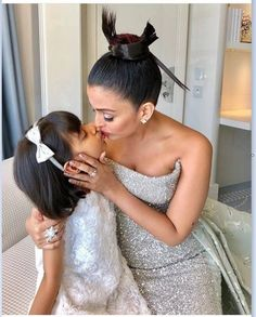 cannes 2018 Aishwarya Rai Bachchan said Make up women are not fools, Aishwarya Rai Bachchan is in discussions about his red carpet look at the Cannes 2018 Aishwarya Rai Kiss, Aishwarya Rai Photo, Actress Aishwarya Rai, Aishwarya Rai Bachchan, Indian Bollywood Actress, Beautiful Bollywood Actress, Beautiful Indian Actress, Beautiful Actresses, Deepika Padukone