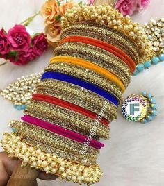 Fulfill a Wedding Tradition with Estate Bridal Jewelry Fancy Jewellery, Stylish Jewelry, Fashion Jewelry, Thread Jewellery, Diamond Jewellery, Indian Jewelry Sets, Indian Wedding Jewelry, Bridal Bangles, Bridal Jewelry