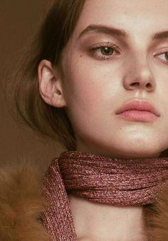 Natural Makeup - Shades Of Pink | LA COOL & CHIC