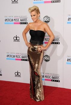 f714955f6 Jenny McCarthy looked like a retro beauty at the AMAs American Music  Awards, Holiday Dresses