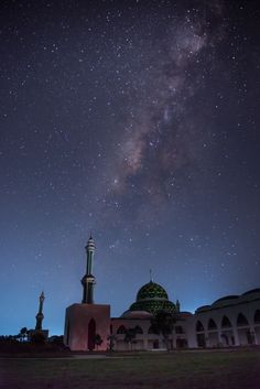 milkyway on mosque - null