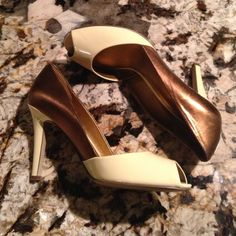HP 6.20💕 Heels For Almost Every Occasion 🌺 Only worn once and in great condition! Cream colored in the front and in heel. Metallic brown on the other half of these heels. 4 inch heels Lauren by Ralph Lauren Shoes Heels