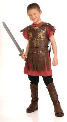 Lasten Gladiaattorin asu. Varokaa leijonat ja vastustajat Colosseumilla… #naamiaismaailma