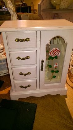 1000 images about shabby chic hand painted furniture on pinterest vintage chest of drawers. Black Bedroom Furniture Sets. Home Design Ideas