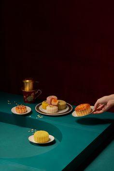 RuNam's Mooncake on Behance Bar Restaurant Design, Restaurant Recipes, Architecture Restaurant, Cake Festival, Design Café, Chinese New Year Food, Feeds Instagram, Cake Photography, Mid Autumn Festival