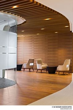 Luxury Office Design Ideas For a Remarkable Interior Corporate Interiors, Office Interiors, Corporate Design, Lobby Design, Lounges, Commercial Design, Commercial Interiors, Renovation Work, Luxury Office