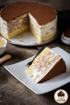 Tiramisu cake with Café Royal [Werbung] - Man bakes- Torte mit Café Royal [Werbung] – Mann backt Tiramisu cake with Café Royal [advertising] Baking Recipes, Cake Recipes, Snack Recipes, Dessert Recipes, Baking Tips, Bolo Tiramisu, Gateaux Cake, Sweet Cakes, Ice Cream Recipes