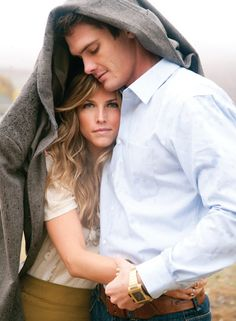 This in the rain would make an adorable engagement picture!