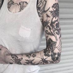 Tattoo Old School Tiger - Feather Tattoo Meaning - Matching Tattoo Sisters - Wolf Tattoo Ideen - Pretty Tattoos, Unique Tattoos, Cute Tattoos, Beautiful Tattoos, Body Art Tattoos, Small Tattoos, Sleeve Tattoos, Arabic Tattoos, Gypsy Tattoos