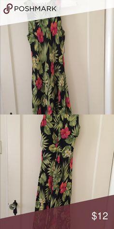 Size 4 Ralph Lauren dresss Size 4 Ralph Lauren dress Ralph Lauren Dresses