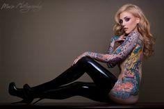 Lucky Hell – Sword Swallowing Tattooed Beauty in Finland