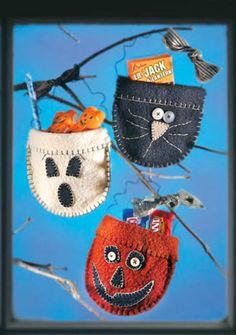 A Haunting We Will Go; Halloween Felt Candy Pockets DIY · Felting | CraftGossip.com