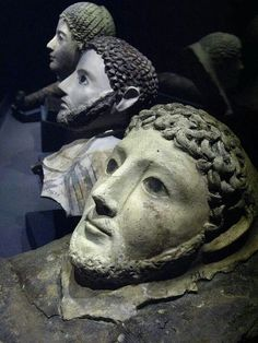 Roman death masks recovered from underwater excavations, Rome , province of Rome, Lazio Roman History, Art History, Ancient Rome, Ancient History, Statues, La Danse Macabre, Art Romain, Post Mortem, Rome Antique