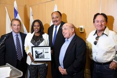 Martin Luther King III ehrt israelische Aktivisten - http://www.audiatur-online.ch/2016/05/10/martin-luther-king-iii-ehrt-israelische-aktivisten/