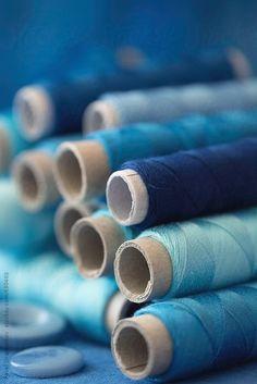 This Ivy House - letterstomyinnerchild: Stacked blue toned spools. This Ivy House - letterstomyinnerchild: Stacked blue toned spools. Im Blue, Blue Green, Blue And White, Color Blue, Azul Indigo, Indigo Blue, Indigo Walls, Indigo Colour, Image Bleu