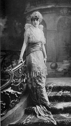 robe du soir 1914 by .pintuck, via Flickr