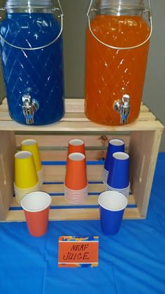 Nerf & Targets Party : Orange and blue drinks to go with the nerf theme