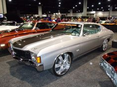 turn key auto.com chevelle 22inch wheels silver grey with white interior. brushed machined