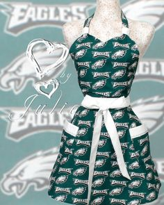 Omg even better than the other apron!  This is a must.