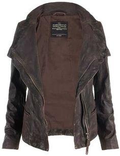 Casual dark brown leather jacket