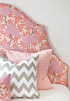 chevron pillow and mixed prints, love!