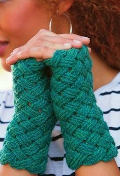 crochet basketweave mitts pattern More