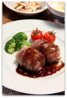 チーズとマッシュポテトの牛肉包み*バルサミコソース by miyukiさん ...