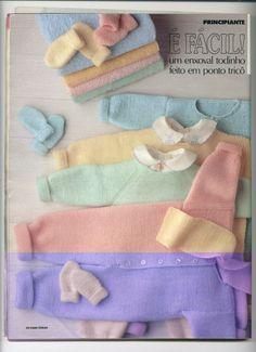 Um Enxoval Todinho Feito Em Ponto Tricô Bebe Baby, Baby Love, Crochet Bebe, Knit Crochet, Knitting For Kids, Baby Knitting, Knitwear Fashion, Baby Cardigan, Knitted Blankets