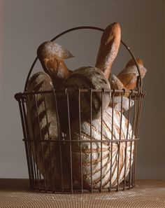 Francois Payard Bäckerei - breads and muffins - Brot Muffins, Flat Rock, Types Of Bread, Our Daily Bread, Bread Bowls, Food Staples, Dinner Rolls, Sweet Bread, Bakery