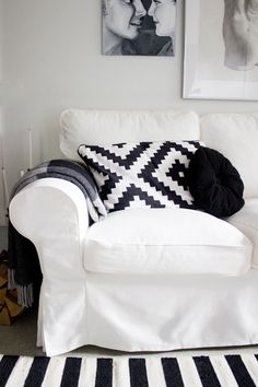 White couch please. Ikea Living Room, Living Spaces, Living Rooms, Cozy Apartment, Dream Apartment, Ektorp Sofa, White Couches, New Furniture, Slipcovers