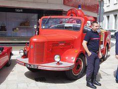 Hotchkiss PL20 ex- pompiers de Tours 974 FB 37 - 16 juin 2013 (Grand Prix de Tours, rue Nationale - Tours) 1